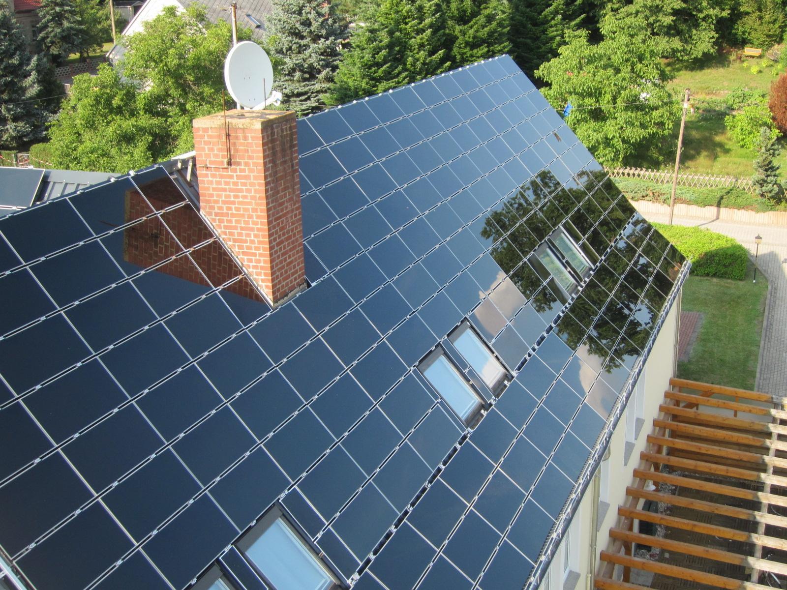 aufdachanlage solaranlagen photovoltaikanlage david solar deutschland gmbh. Black Bedroom Furniture Sets. Home Design Ideas